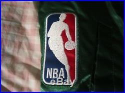 Vintage Seattle Supersonics Jacket by Starter Mens LARGE. Very Rare AWESOME Cond